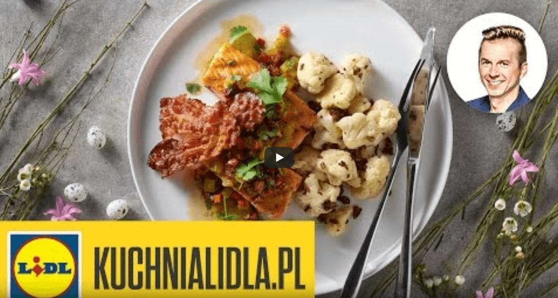 Grillowany łosoś zprażonym kalafiorem isalsą – Ryby są super – Przepisy Kuchni Lidla