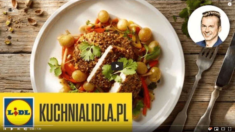 Szybki schab wpistacjach ze słodko-kwaśnymi warzywami – Karol Okrasa – Przepisy Kuchni Lidla