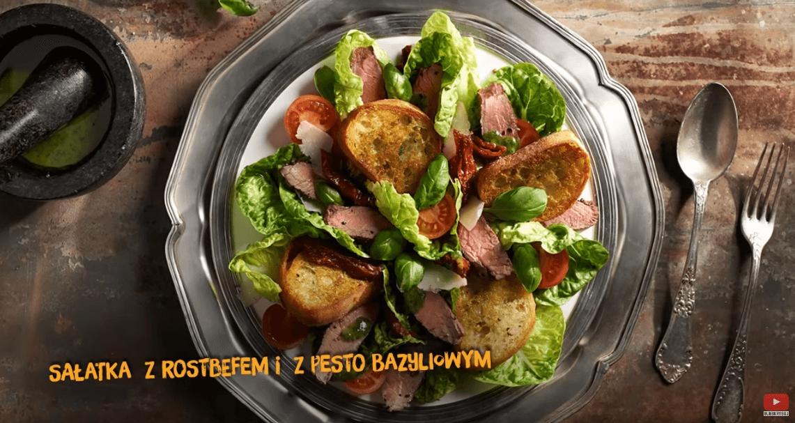 Sałatka zrostbefem iz pesto bazyliowym – Karol Okrasa – Przepisy Kuchni Lidla