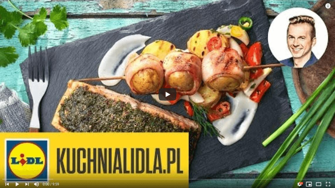 Łosoś parzony nagrillu zsałatką zziemniaków ipapryki – Karol Okrasa – Przepisy Kuchni Lidla