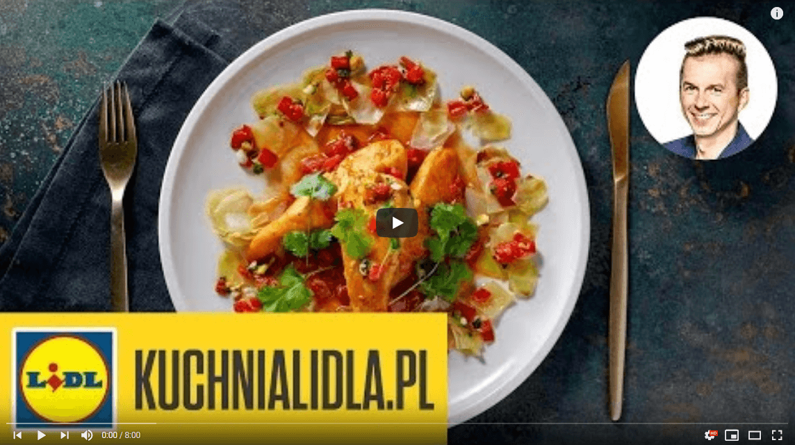 Kurczak wpomidorach zpieczoną kapustą – Karol Okrasa – przepisy Kuchni Lidla
